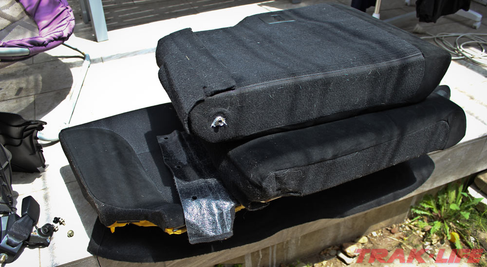 Honda Civic EP3 Type R rear seat removal